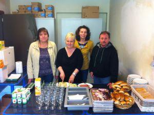 vrijwilligers ontbijt sociale kruidenier